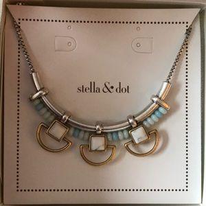 Stella & Dot retired silver Wanderer necklace